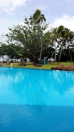 Wide pool