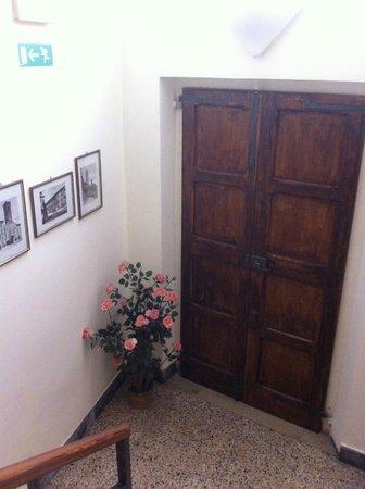 Albergo Arena: Дополнительный выход прямо с лестницы (иногда открыт)
