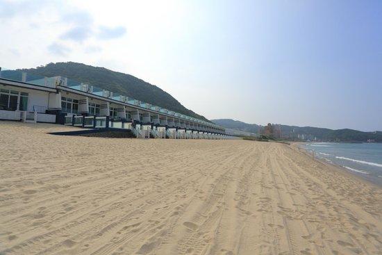 White House Beach Resort: view
