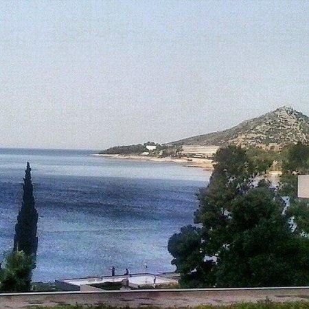 Hotel Astarea: Вид с территории отеля, раннее утро