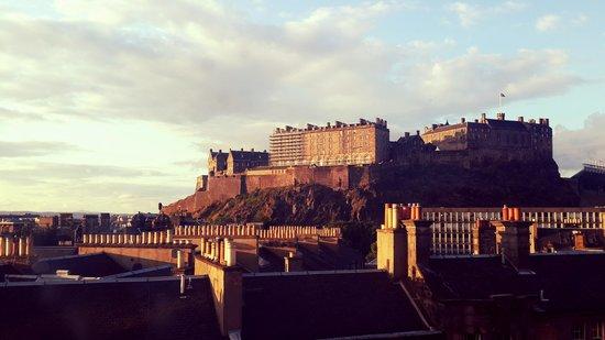 DoubleTree by Hilton Hotel Edinburgh City Centre: Vue de notre chambre