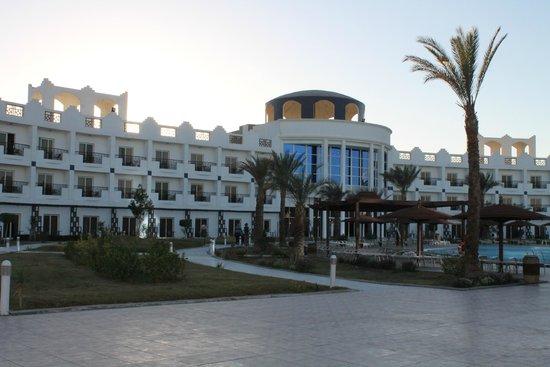 Golden 5 Topaz Suites Hotel : отель Топаз