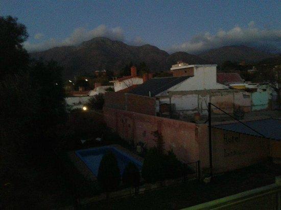 Hotel Luna serrana: desde mi habitación, vista del Uritorco