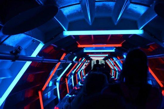Atomium : L'interno