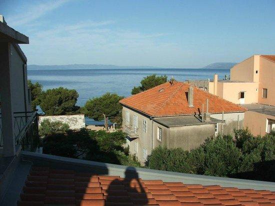 Villa Anka: widok z balkonu, III piętro, strona północna,