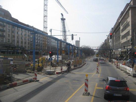 Unter den Linden: More building work