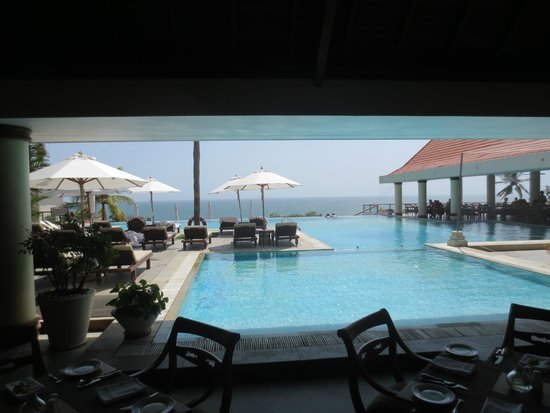 The Leela Kovalam Beach: Pool