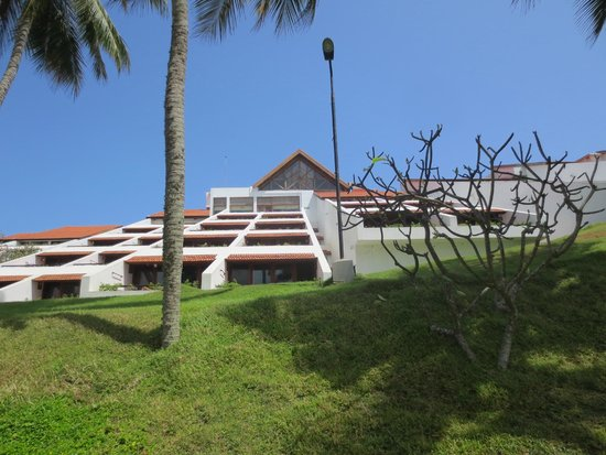 The Leela Kovalam Beach: Rooms are along the slope with good view