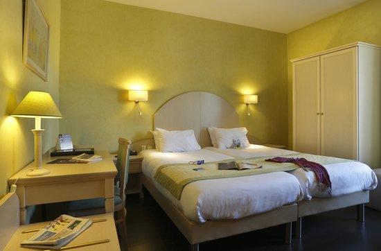 Quality Hotel du Nord Dijon Centre : Chambre deux lits