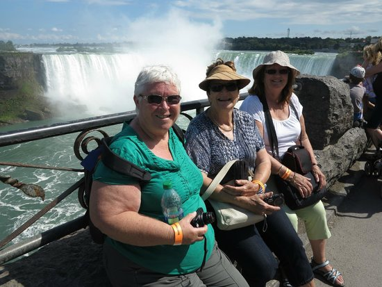 Zoom Tours: Marilyn,Shirley and Lyn at Niagara Falls.