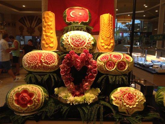 Miracle Resort Hotel: Eid FETR night restaurant entrance