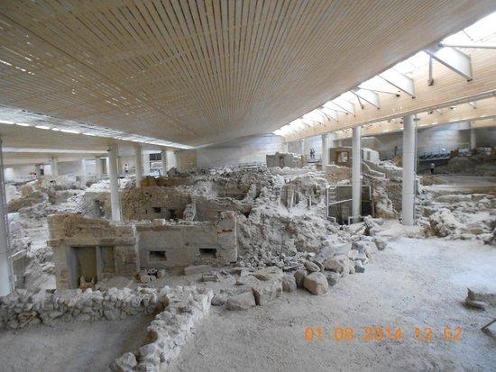 Akrotiri Archaeological Site : Akrotiri