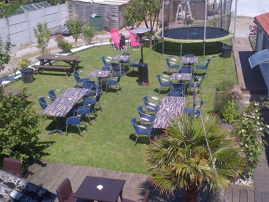 Hotel Metropole : Garden Terrasse - great for dining with children!