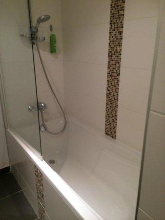 Hotel Ambre: salle de bain