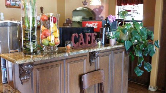 Chulo's Cafe & Cantina: front counter