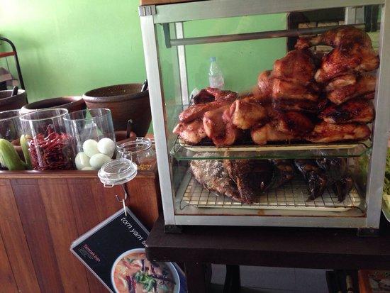 Tamnak Isan: Great Grilled chicken