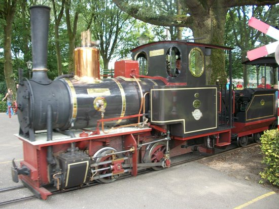 """Efteling: This original """"Old steam locomotive"""" takes you around the parc..."""