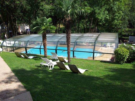 Hotel Carayon: PISCINE DECOUVRABLE