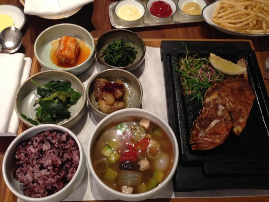 Park Hyatt Busan: in room dining