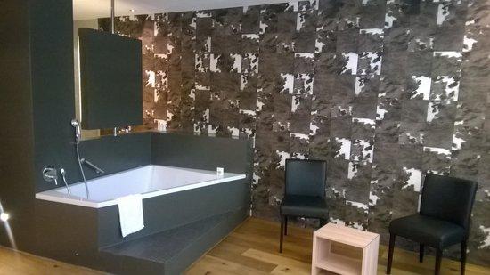 Holiday Inn Schindellegi - Zurichsee: vasca