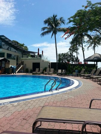 Holiday Villa Beach Resort & Spa Langkawi : Swimming pool