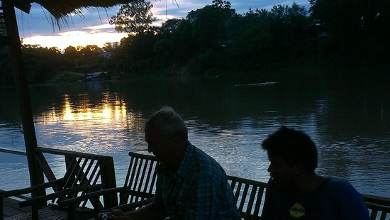 Rivertime Resort and Ecolodge: sunset