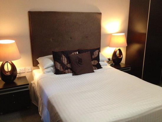 SACO Manchester - Piccadilly: Luxurious bed!