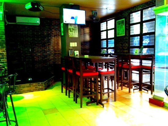 Dining Area Picture Of Hot Tips Restobar Manila