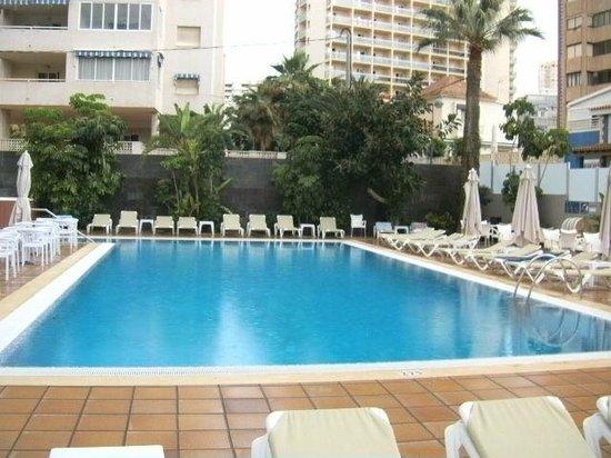 Hotel RH Royal: zwembad