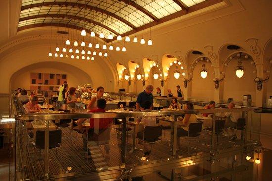 K+K Hotel Central: Ресторан
