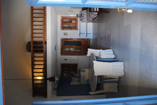 Scirocco Apartments: Inside room one