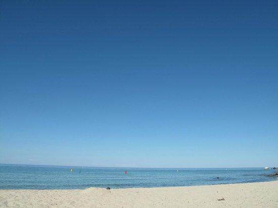 Meelup Beach : Calm water