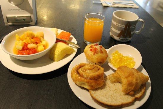 Narai Hotel: breakfast