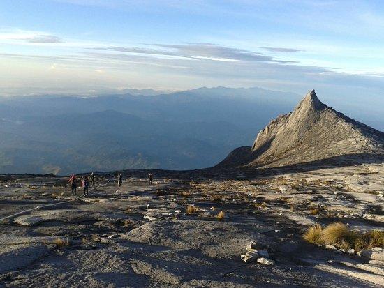 Mount Kinabalu: south peak