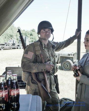 Historic Flight Foundation: A WwII Reenactor at Historic Flight's D-Day Commemeration