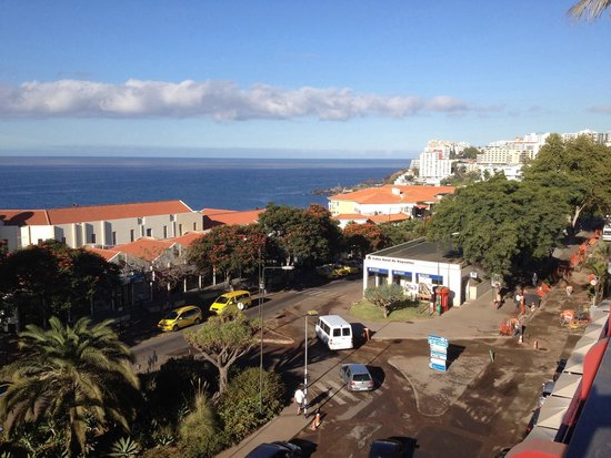 Four Views Monumental Lido : Vista da piscina que fica no 4 andar