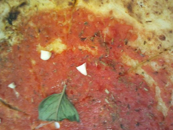 Trattoria Olimpia: pizza marinara