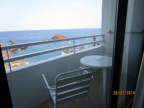 Premier Gran Hotel Reymar & Spa: Vista mare dalla camera