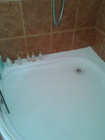 Kaliakria Resort : Shower tray poor drainage