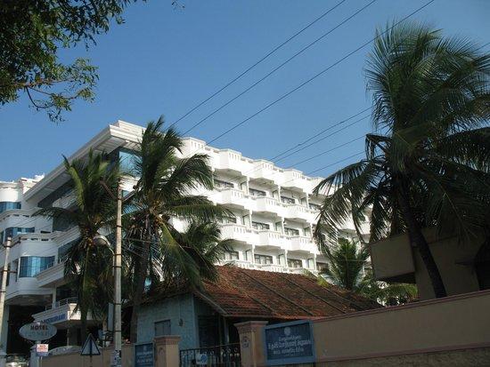 Hotel Sun World : Hotel from Tribeni