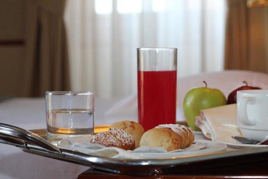 Hotel Nuvo: Hotel Nuvò: Room Service