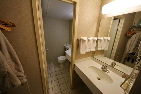 Heritage House Hotel: Salle de bain