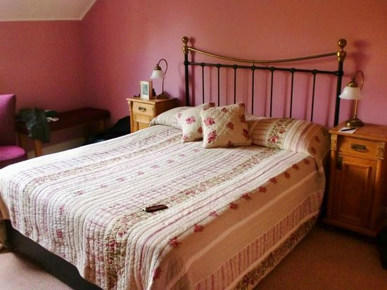 Drumcreehy Country House : Wild Rose Room