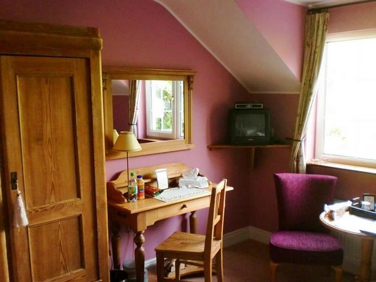 Drumcreehy Country House: Wild Rose Room