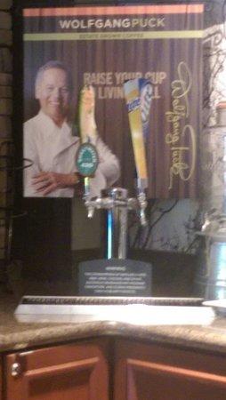 Staybridge Suites Alpharetta North Point: Beer tap