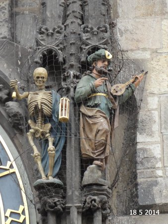 Old Town Hall and Astronomical Clock: Death with his bell