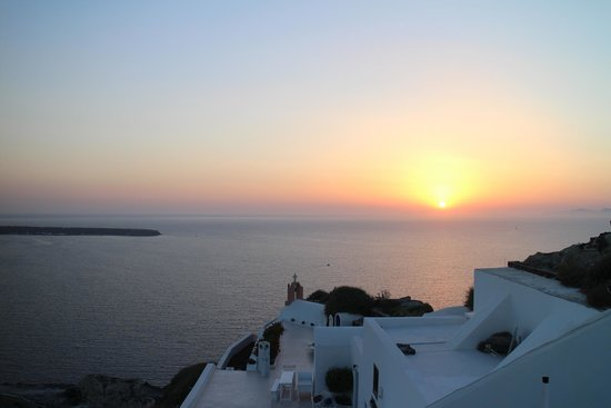 Marizan Caves & Villas: The most beautiful sunset in the world