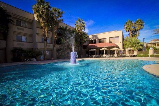 Fortune Hotel & Suites: Beautiful pool