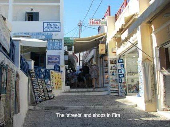El Greco : The narrow streets of Fira