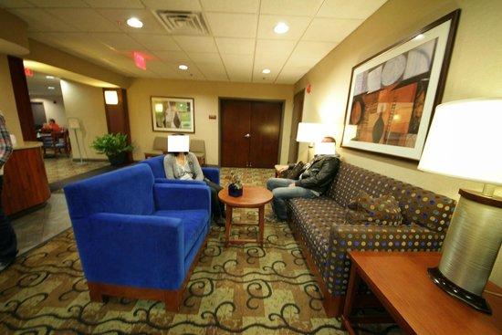 Freepoint Hotel: Lobby